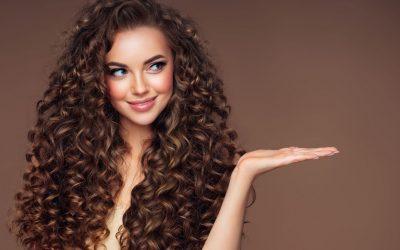 Quelles sont les solutions naturelles pour prendre soin de ses cheveux ?